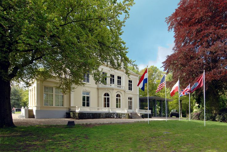 Airborne Museum 'Hartenstein' - Liberation Route Europe