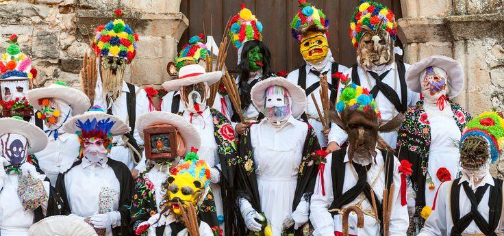De Máscaras y Carnavales