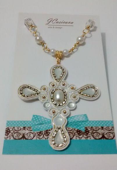 Crucifixo - Branco/Dourado