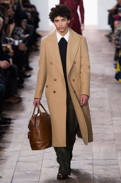 Michael Kors at New York Fashion Week Fall 2015 | Stylebistro.com