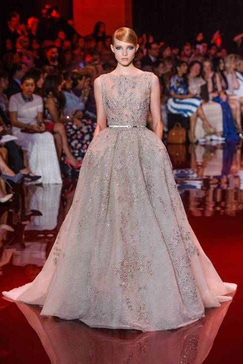 Elie saab fall 2013 haute couture collection gowns for Loving haute couture