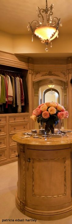 Pin By Patricia Edsall Hartley On Elegant Master Closets