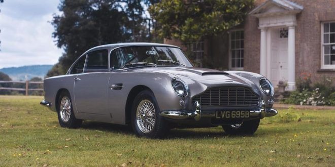 1964 Aston Martin DB5 sold for £825,000 online and paid by Apple Pay