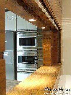 Projeto Monica Nunes - passa prato espelhado.  http://monunesarqdesign.blogspot.com.br/2012/05/antes-e-depois-sala-jantar.html?m=1