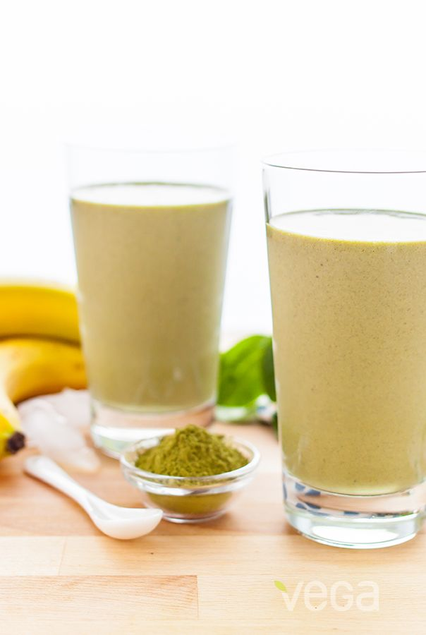 Banana Matcha Smoothie: Need a little kick in your morning smoothie? Not only does matcha green tea powder add a delicious, earthy flavor to this smoothie, but also an energizing boost! Try swapping this nutrient dense combo for your morning coffee! #VegaSmoothie
