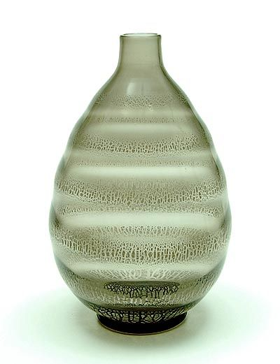 Grey glass Serica vase No.33 with crackle design A.D.Copier 1931 executed by Glasfabriek Leerdam / the Netherlands