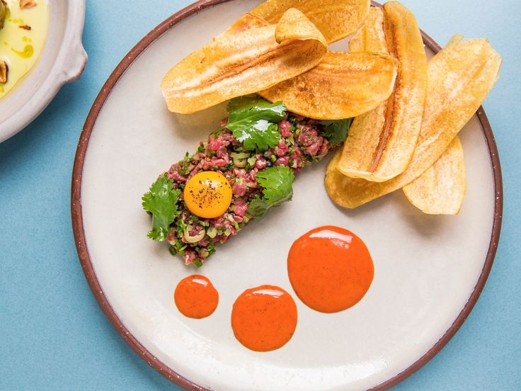 This is our ultimate eating guide: the best Sydney restaurants, ranked from 50 to 1. Our hit-list features all of the top restaurants and places to eat in Sydney.