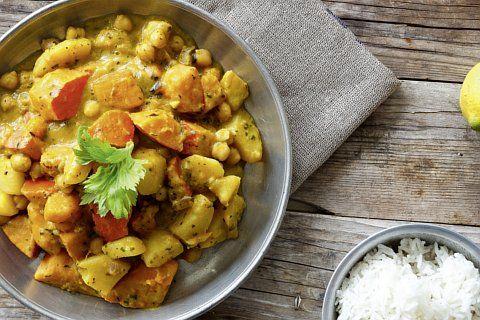 """""""Wir haben für euch ein leckeres Curry gezaubert, das es mit dem Original aus dem Restaurant aufnehmen kann"""", verraten Nadine Horn und Jörg Mayer."""