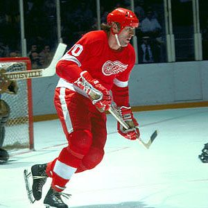 Vaclav Nedomansky joined the Detroit Red Wings after 9 seasons in WEC-A and parts of 4 seasons in WHA. Big Ned played five seasons with DET scoring 108 goals & 139 assists. He finished his career playing for StL & NYR
