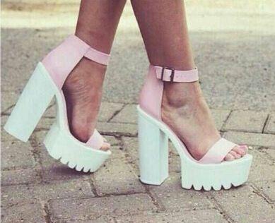 Sandales à talons en daimUGG AELhg