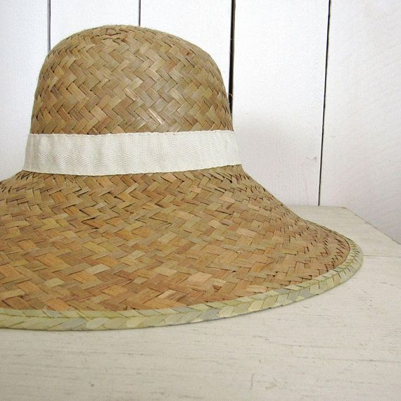 70s Sun Hat Woven Natural Straw Vintage Beige Wide Brim Hat Large 7 1 4  7a81c2311ce4