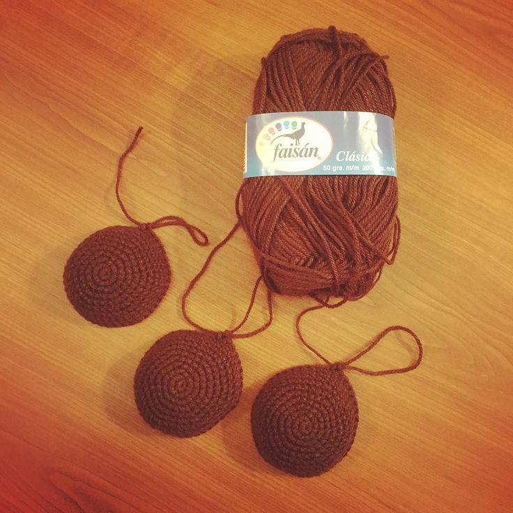 "algodon_de_azucar78 Remake #Dorothy  #hair #haare #cabello #amourfou   Check out my Facebook Fanpage: ""Algodón de azúcar - Casita de muñecas"" #crochet #ilovecrochet #häkeln #ichliebehäkeln #amigurumi #crochetparaniños #kuscheltiere #cuddletoys #peluches #crochetfanatic #crochetfan #crochetfun #häkelnisttoll #häkelfan #crochetaddict #crochetersofinstagram #crochetlover #amotejer #häkelnmachtglücklich #häkelnistyoga #häkelsüchtig #crochetismytherapy #crochetterapia #häkelnfürkinder"