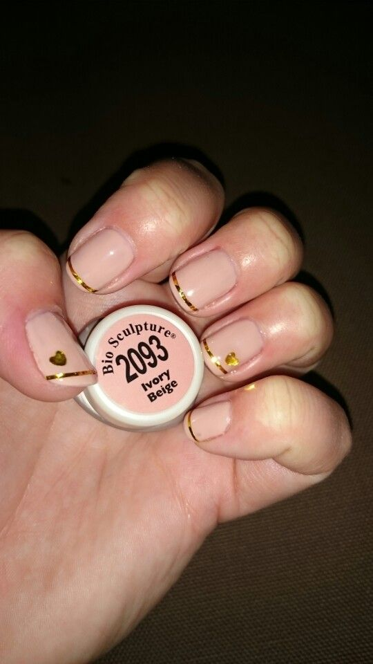 Stunning Ivory Beige with gold stripe and elegant gold heart!