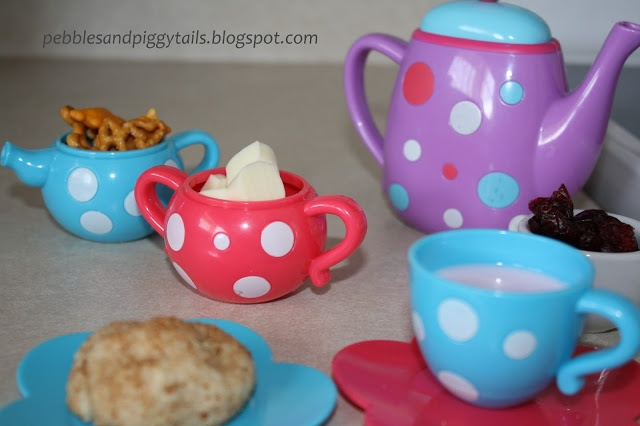 Mother and Toddler Tea Party Lunch