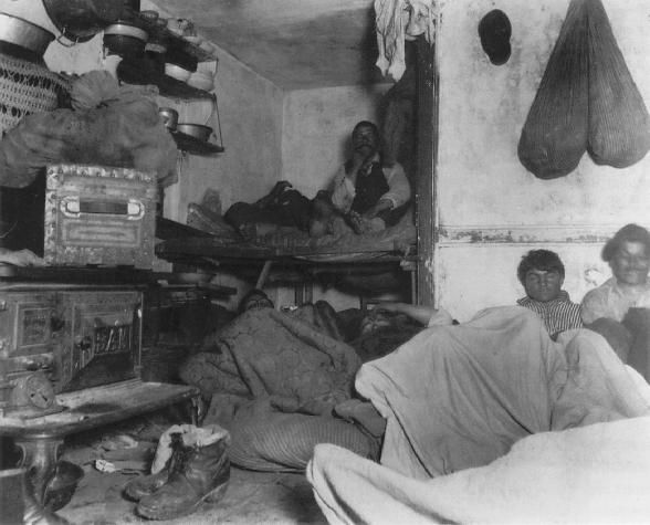 How the Other Half Lives: Photographs of NYCs Underbelly in the 1890s riis6