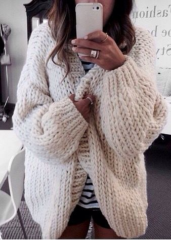44 best SweaterGirl Selfies images on Pinterest | Selfies ...