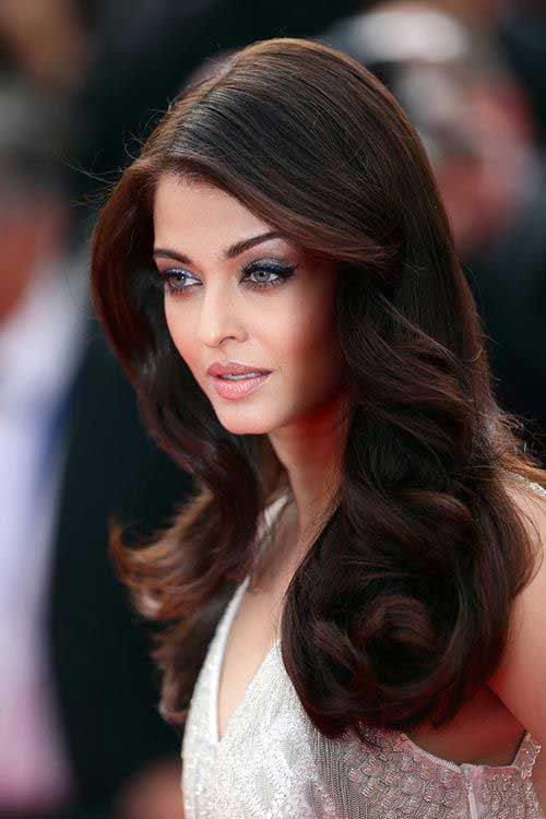 Long Dark Brown Hair for Round Faces-1