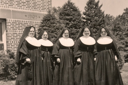 Catholic grade school nuns in full habits. And I had to wear a veil to Mass until I was 12 and the practice was stopped.