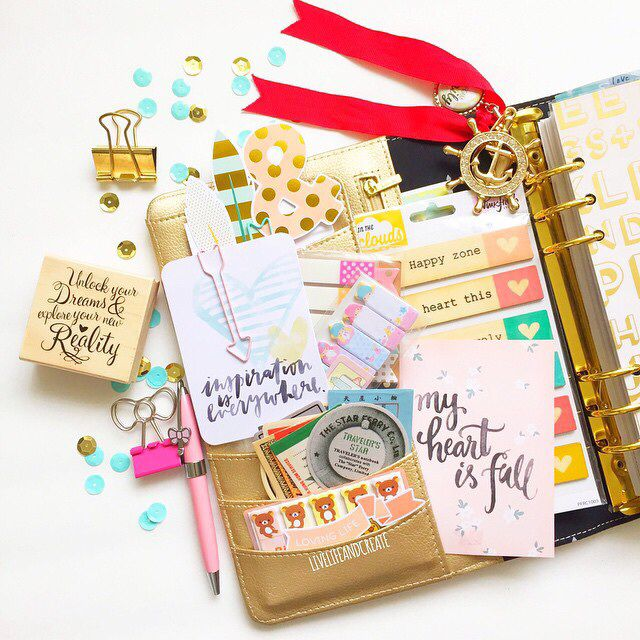 gold planner and love the journaling cards, too