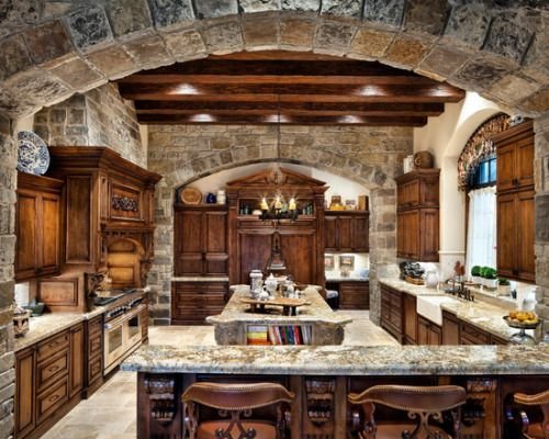 Awesome stonework in this Kitchen by JAUREGUI Architecture Interiors Construction http://www.houzz.com/photos/1580255/English-Manor-traditional-kitchen-houston