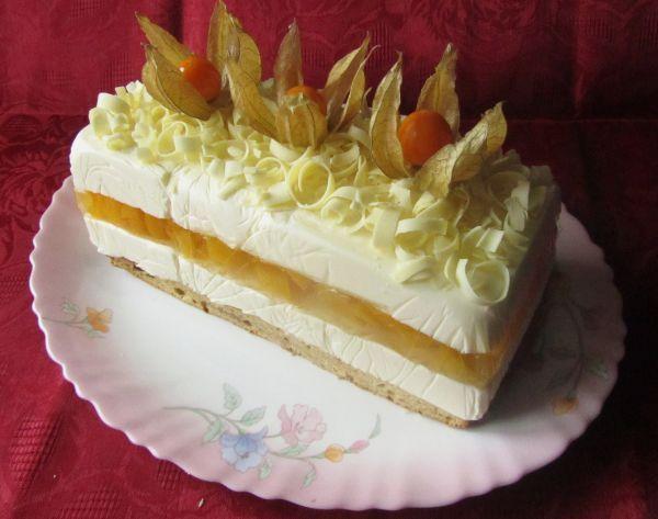 Торт с суфле из белого шоколада