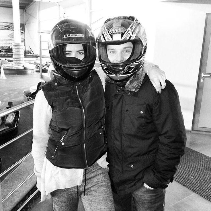 いいね!32件、コメント7件 ― Eliza Ziejaさん(@zieeelle)のInstagramアカウント: 「Ze szwagrem #racing #gokarty #freddy #izylove 🏎」