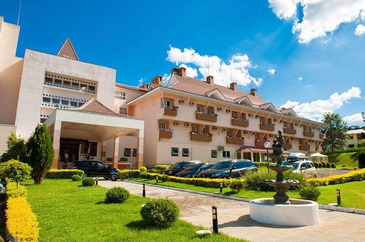 O Thermas Piratuba Park Hotel dedicou o mês de maio à realização de vários festivais gastronômicos, que encantam não apenas os hóspedes, mas também turistas que visitam a região oeste de Santa Catarina. Para fechar com chave-de-ouro, dia 31 de maio o hotel promove um jantar com pratos da cozinha...