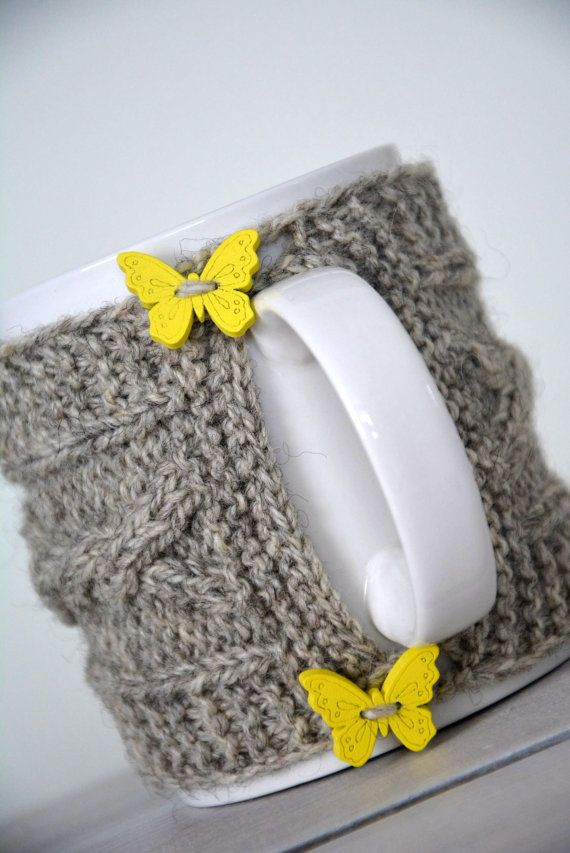 Knit coffee mug cozy / mug warmer with cable by HandiCraftbyJane
