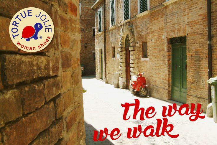 The Way We Walk  #Sandals #Style #StreetStyle #Espadrilles #Trend #WomanShoes #ShoeLover #ShoeLovers #FashionBlogger #FashionLadies #Moda #Sandalias #Sandales #Alpargatas #Zapatos #TortueJolie #SummerStyle #Piestureo #MadeInSpain