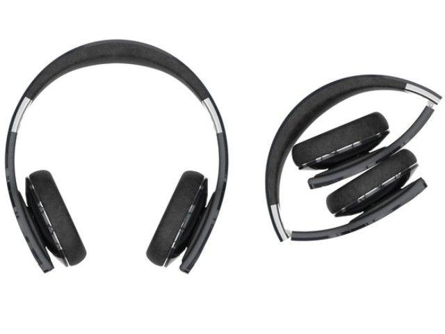 Headphone Bluetooth Tenaga Surya Pertama