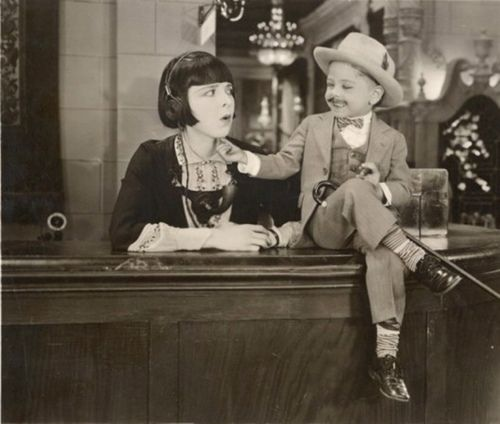 A description of the flappers icon who was a talented silent film star of the jazz age