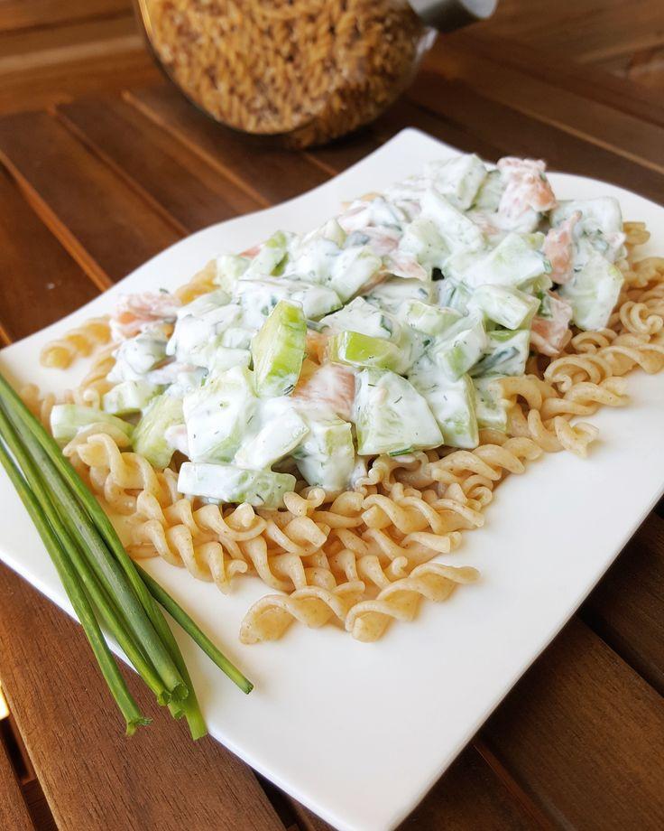 Salade de pâtes saumon fumé-concombre