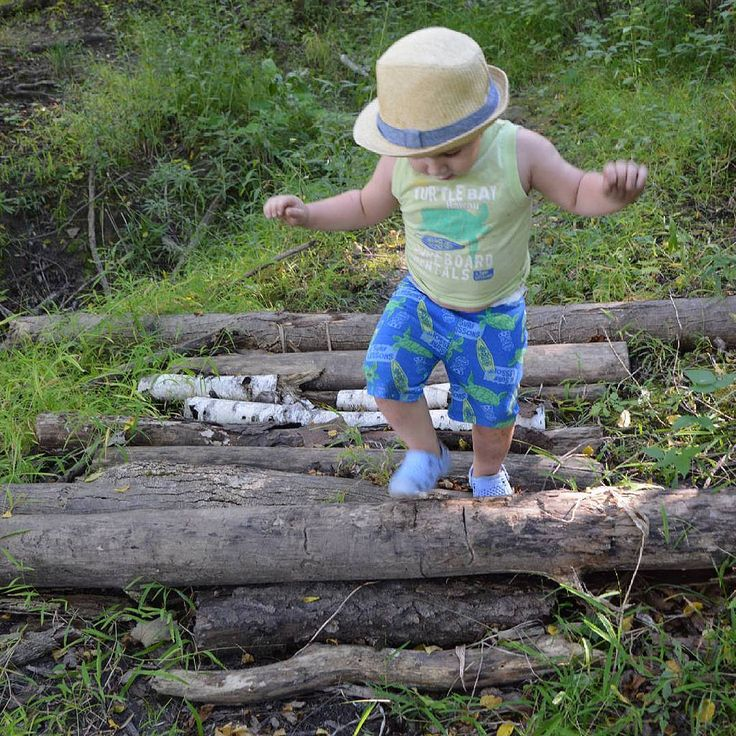 #careful #littleman #log #trail #brantford #ontario #canada #cute #familyfun #grandriver #trailrunning #outdoor #fun #wowThese are my personal photos from Flickr!