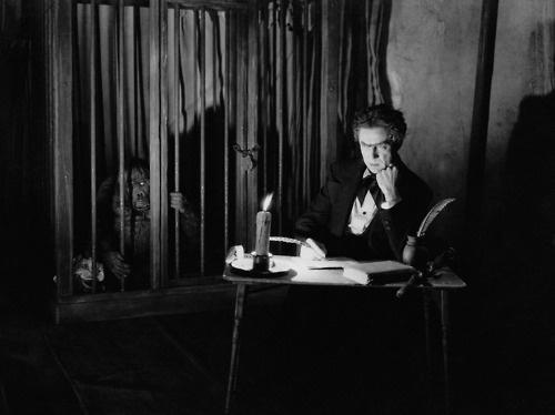 Murders in the Rue Morgue 1932 staring Bela Lugosi