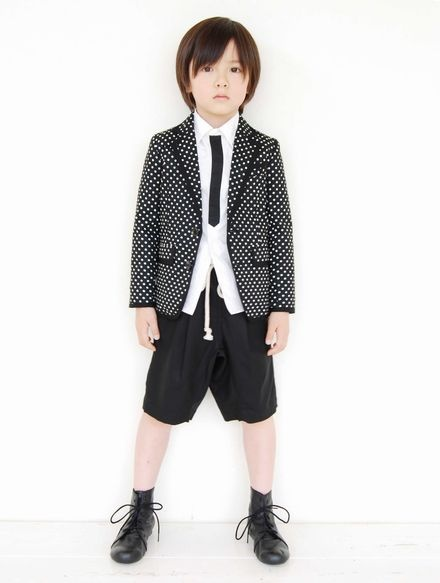 Polka dots migrate to blazer and this look is incredibly cool.