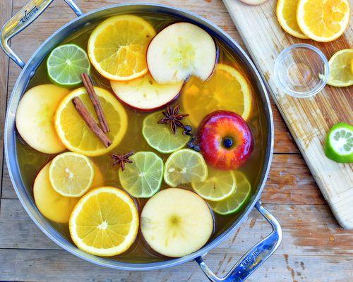 Mulled Apple Cider ♥ KitchenParade.com
