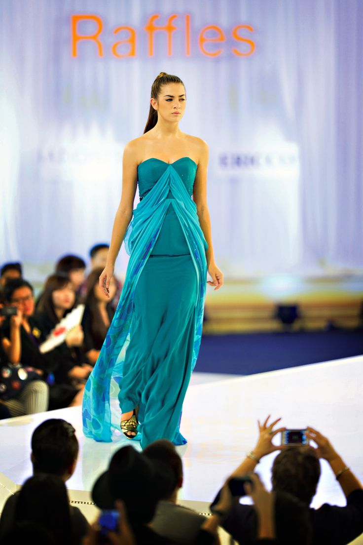 A selection from Norsharinna's winning collection.