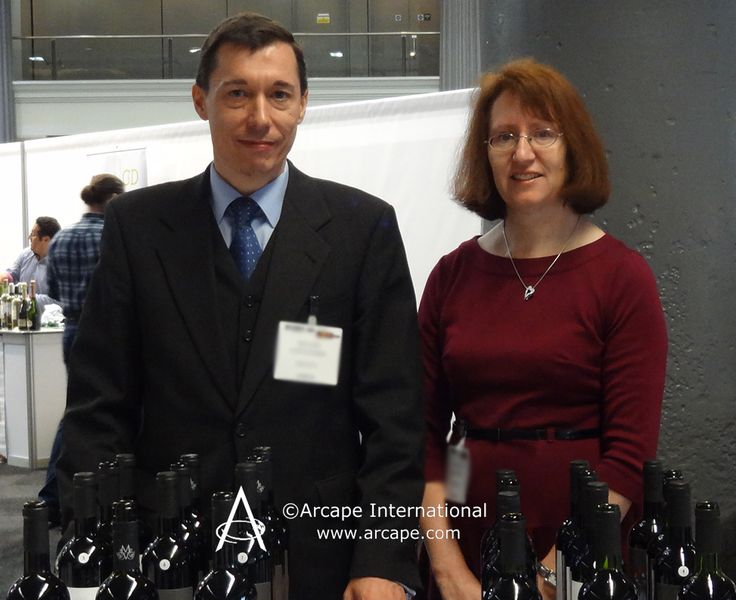 Caron and Ángel from Arcape International preparing for the Wines from Spain Trade Fair 2014 in the exporters area.
