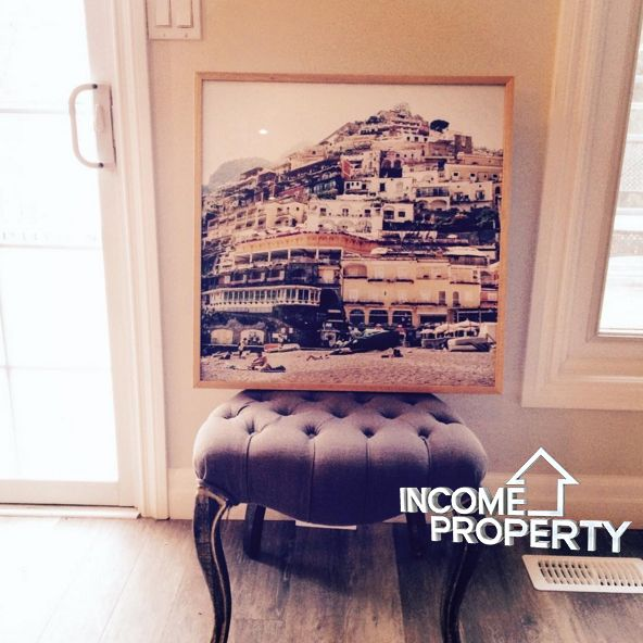 We love a little #personal touch. This photo was #reframed to create a #modern take on an old #classic. In the #instagram era, #square #photos have made a serious resurgence. We love how it can transform any space to feel #fresh and #elegant @hgtv @scottmcg #Incomepropertydesign #incomeproperty #design #reveals