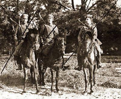 Polish Uhlans during the Polish-Soviet War 1919   ^ https://de.pinterest.com/radekstrojecki/white-eagle-vs-red-star-polish-soviet-war/