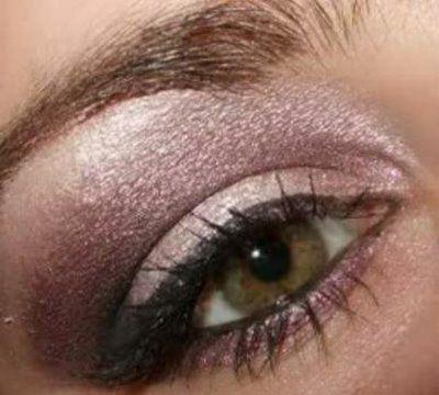love these colors for olive skin: Pretty Eye, Idea, Shadows Colors, Eye Shadows, Makeup Bags, Green Eyes, Hazel Eyes, Eye Make Up, Olives Skin