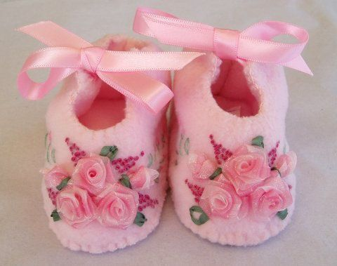 youtube felt shoes baby ribbon embroidered | Hand Embroidered Baby Booties with Pink Roses