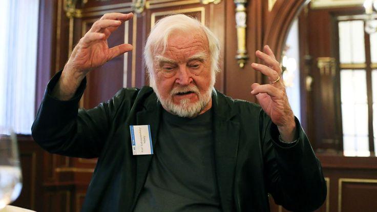 Nincs sok vágyam, a vágy nem túl jó dolog – mondja a világhírű magyar pszichológus | 24.hu