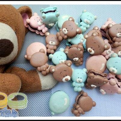 Cute teddy bears macarons