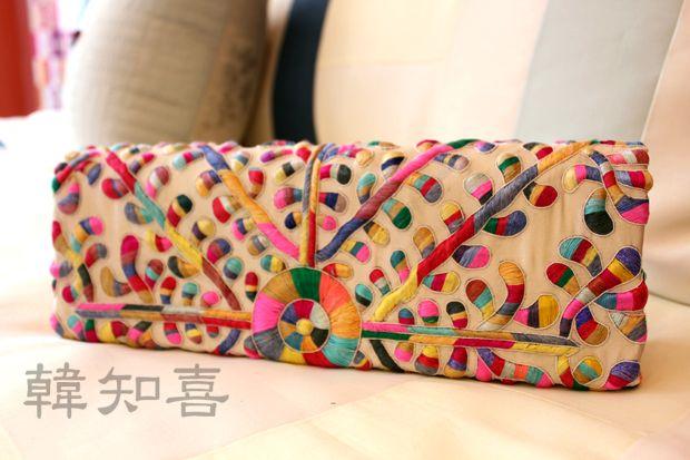 Gorgeous multicolored hand-sewn embroidered clutch. Korean pattern and colors. 앤틱수클러치 - 고급한복가방, 자수한복백, 한지희클래식 : 네이버 블로그