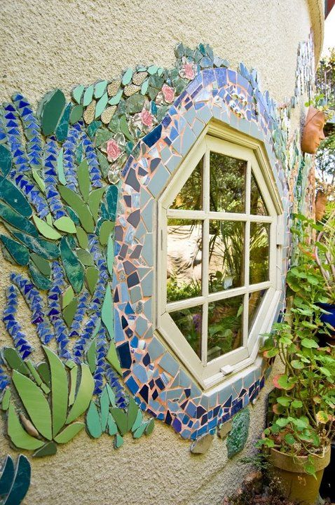 Mosaics. Picture this twist on it- blue and white china mosaic with repurposed window frame mirror. Classy  and creative