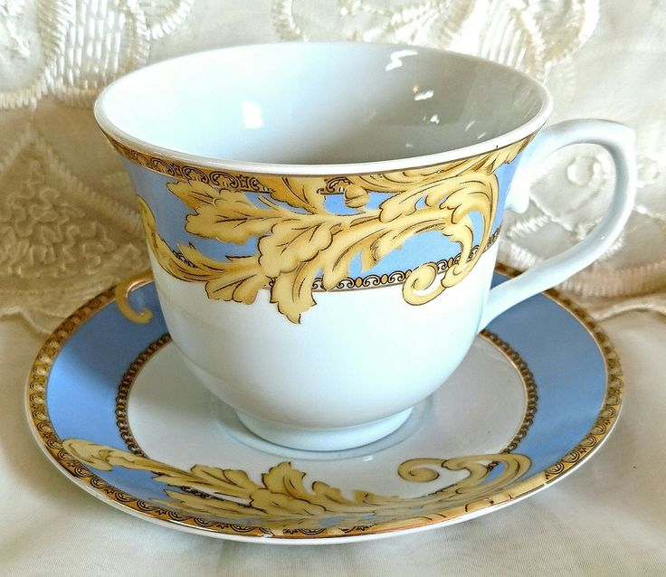 Set of 6 Blue and Gold Flourish Wholesale Tea Cups and Saucers in Gift Box