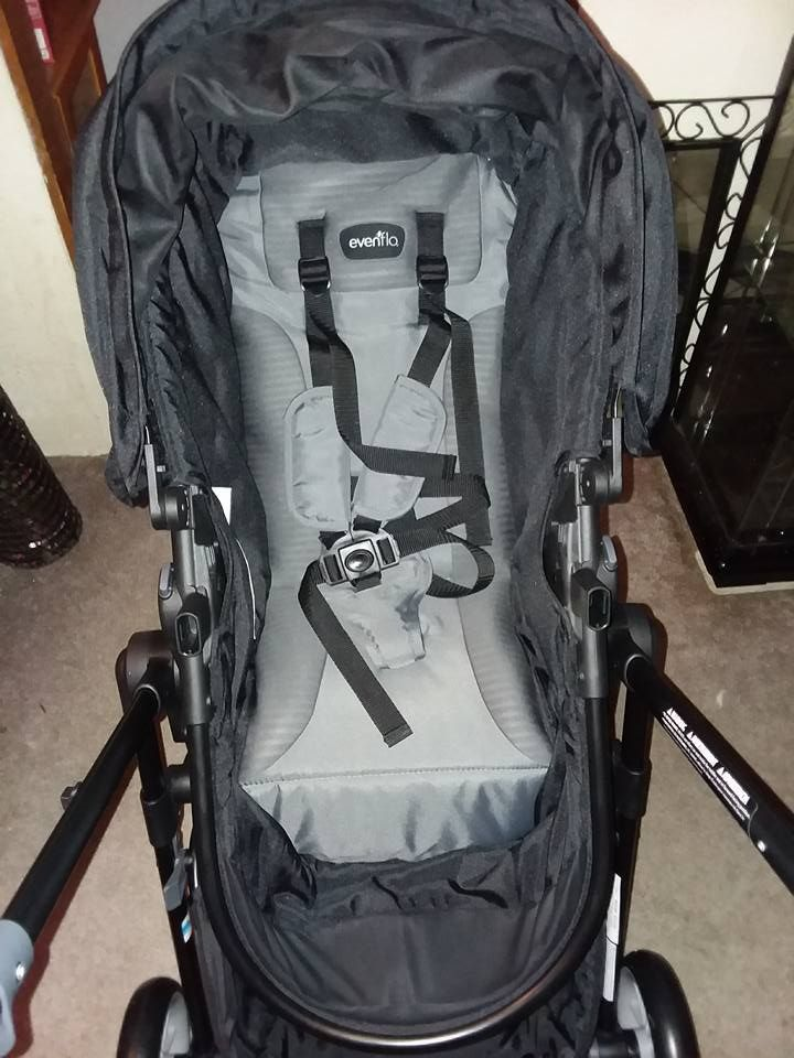 Keeping Your Baby Safe With Evenflo Pivot Modular Travel System
