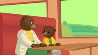 petit ours brun prend le train - YouTube