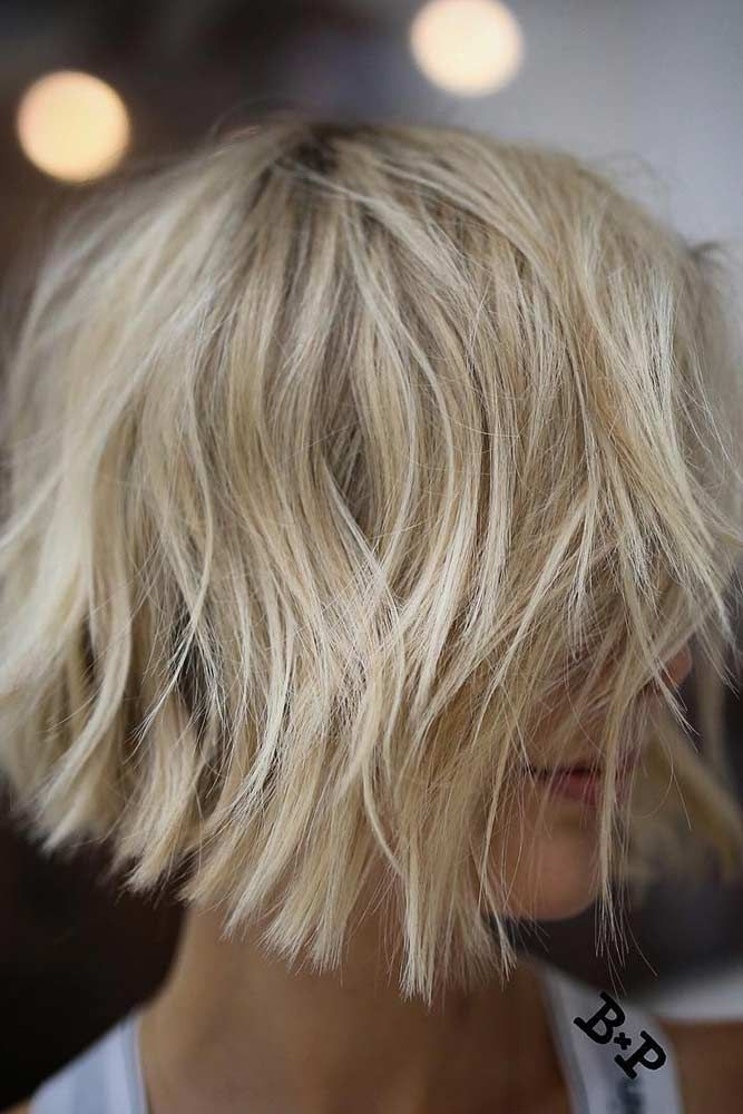 Consider short bob hairstyles, if change is what you seek. It is always fun to try out something new, especially if it is extremely stylish and versatile. #shortbobhairstyles #bobhairstyles #hairstyles